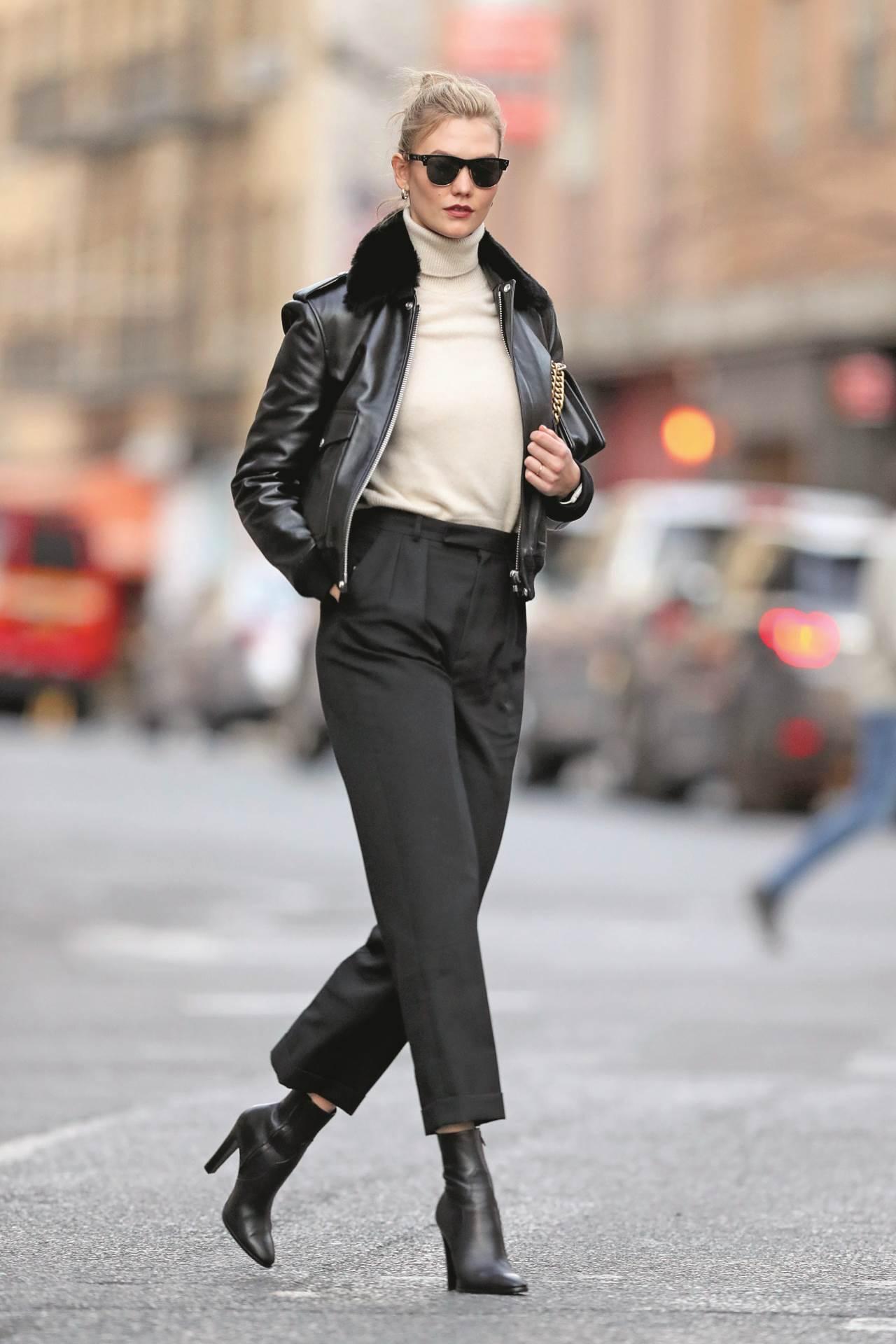 crna kožna jakna