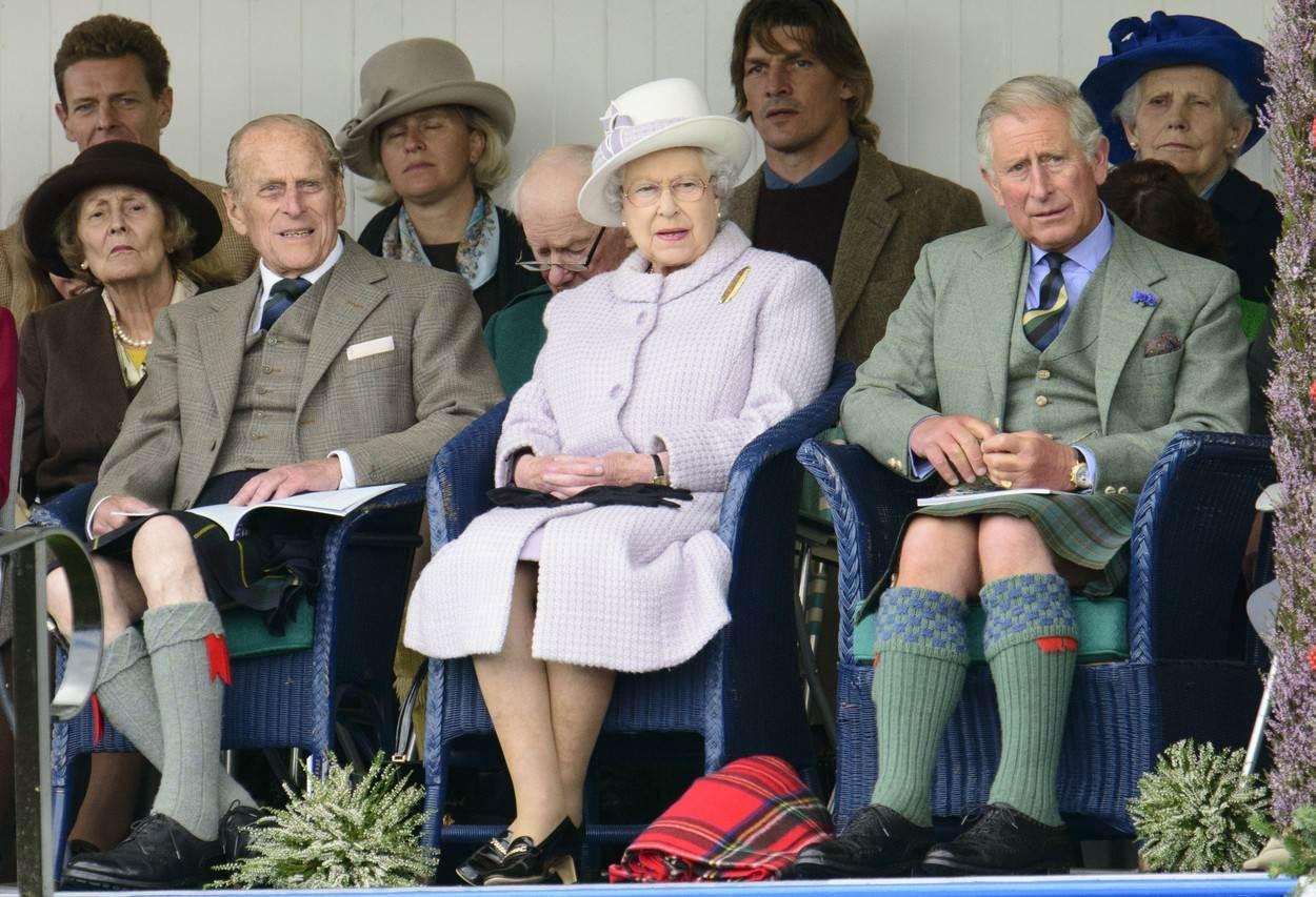 Princ Philip, kraljica Elizabeta i princ Charles