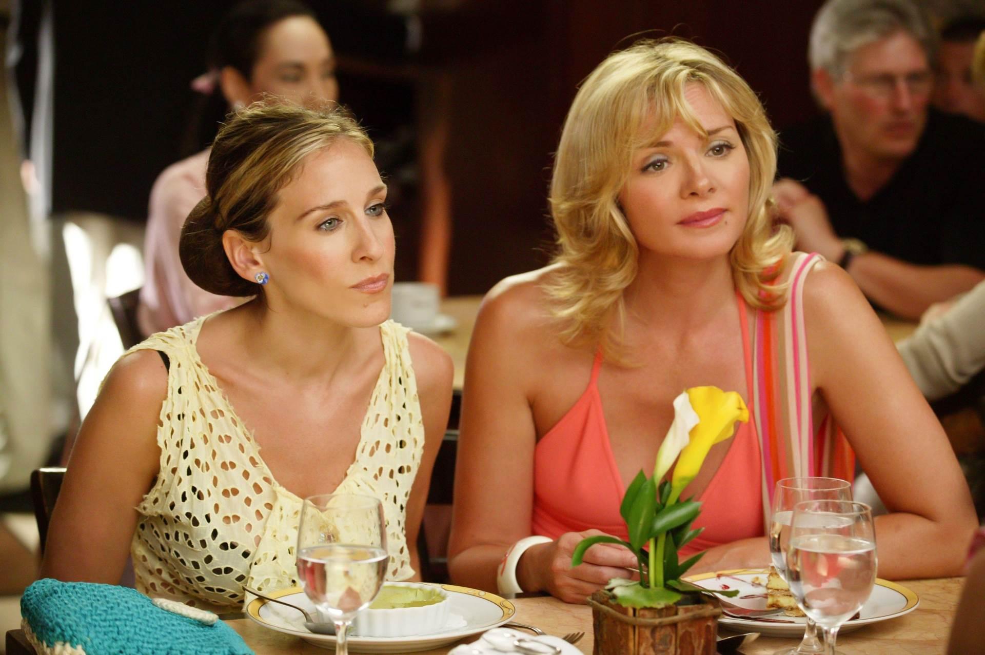 Sarah Jessica Parker i Kim Cattrall u seriji Seks i grad
