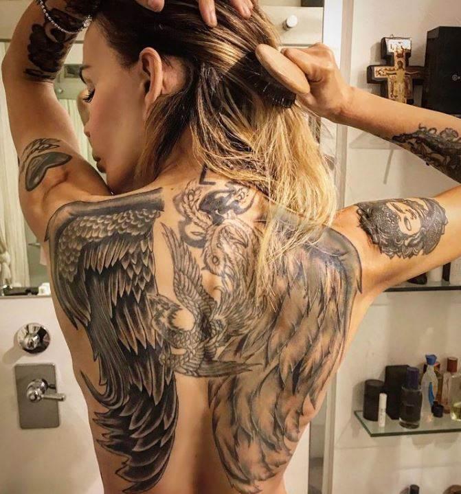 nina moric, tattoo