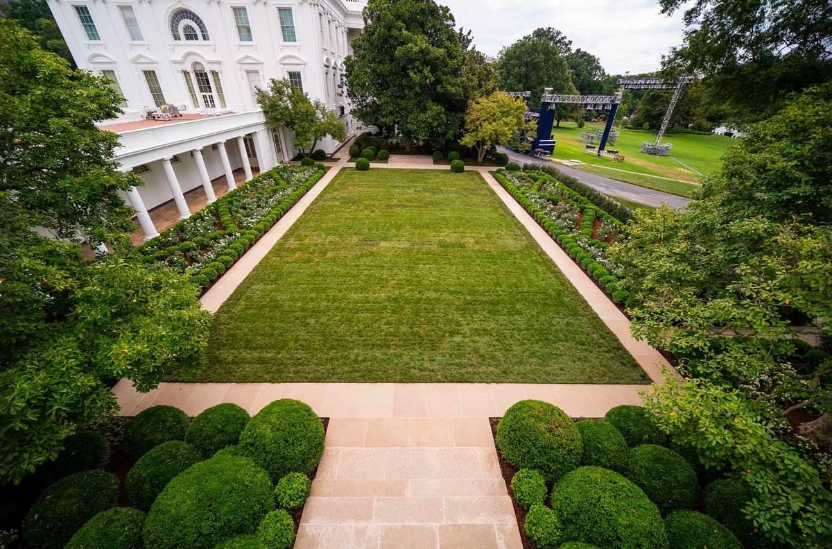 vrt bijele kuce