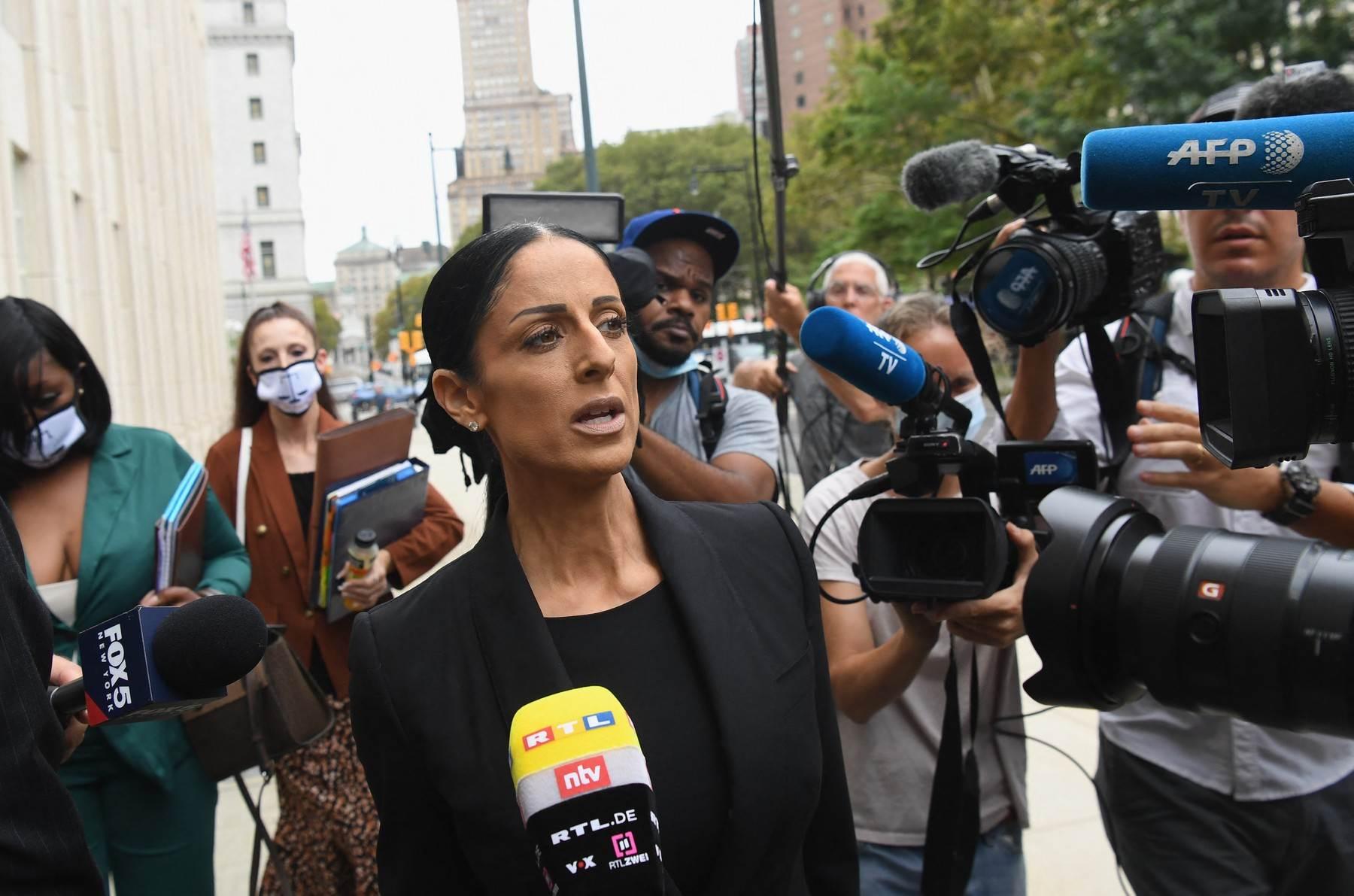 Nicole Blank Becker, odvjetnica optuženog pjevača