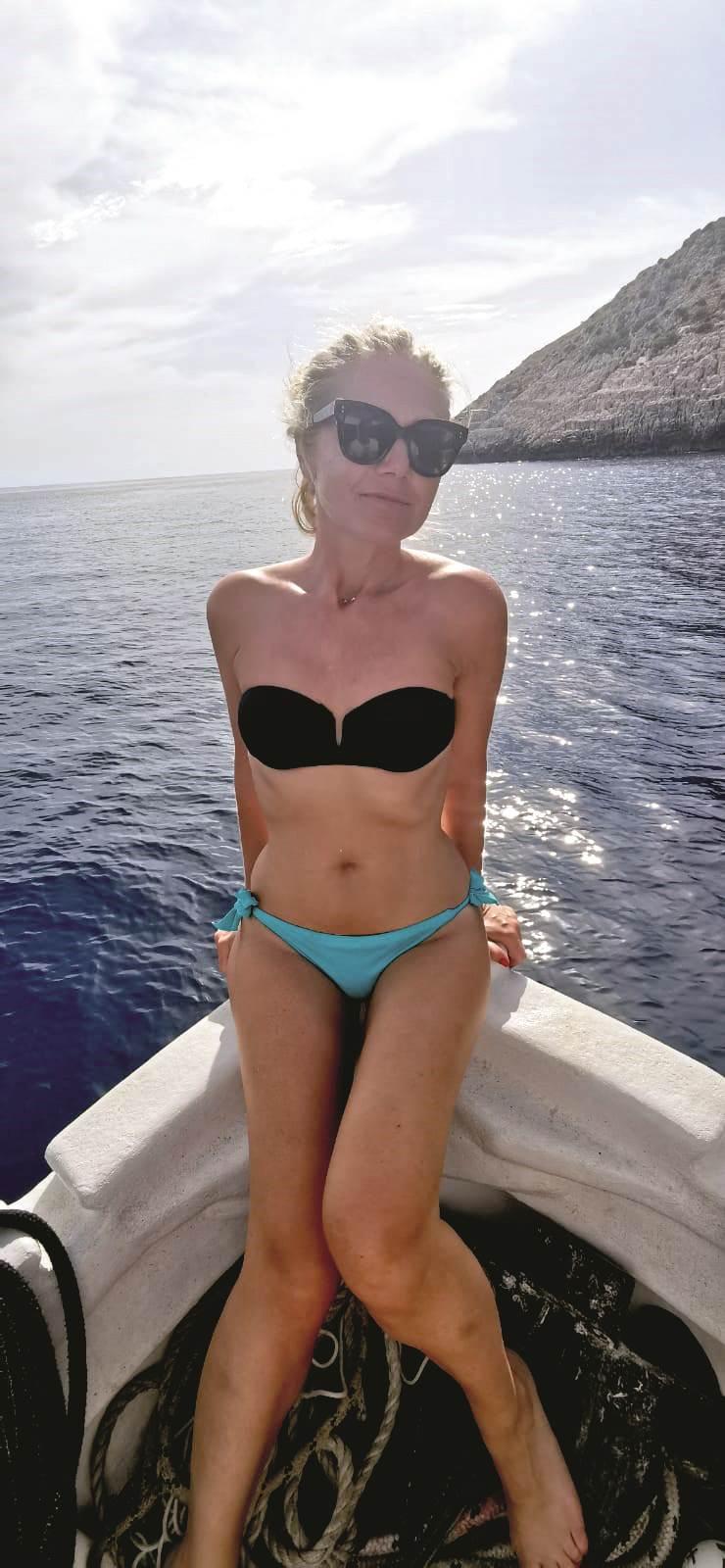 Barbara Kolar u bikiniju