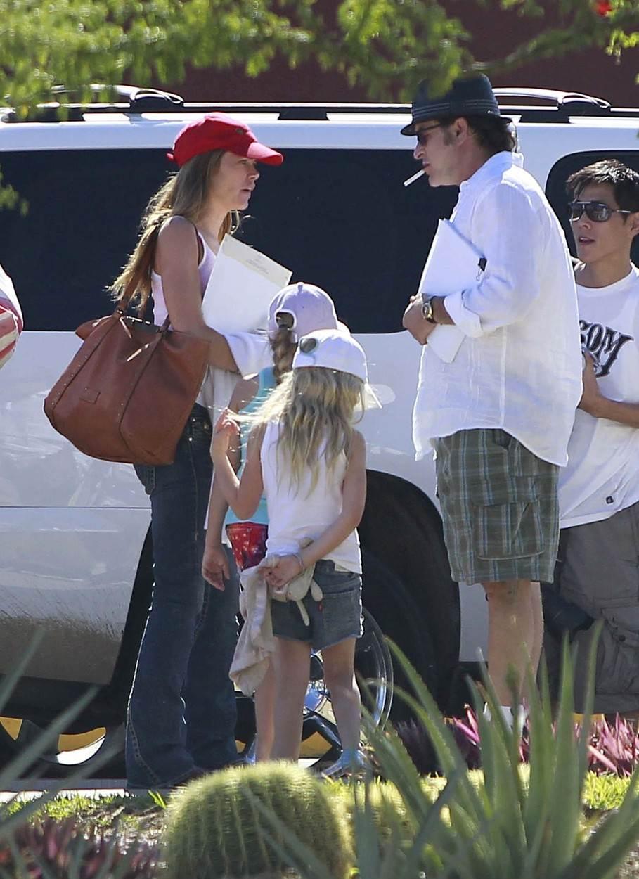 Denise Richards i Charlie Sheen s djecom